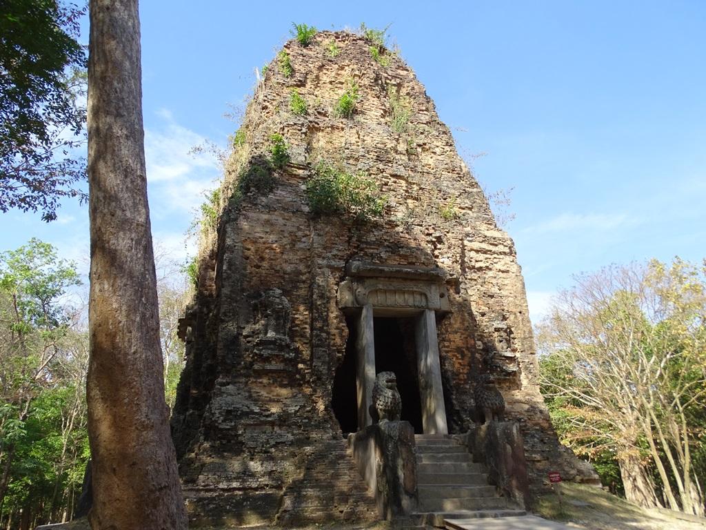 Prasat Tau - Lions Temple, Sambor Prei Kuk, Kompong Thom, Cambodia