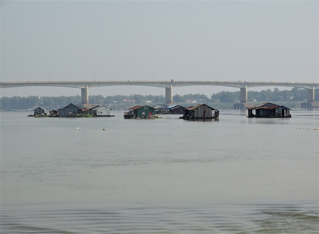 Floating Homes, The Mekong, Kampong Cham, Cambodia
