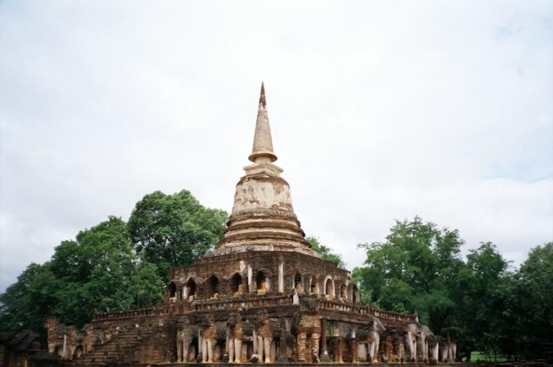 Wat Chang Lom,  Si Satchanalai, Thailand