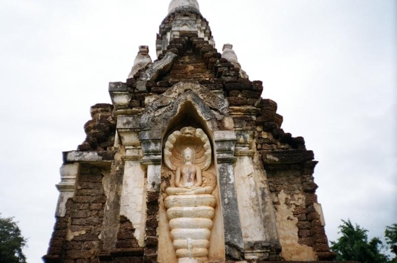 Wat Chedi Chet Thaeo, Si Satchanalai, Thailand