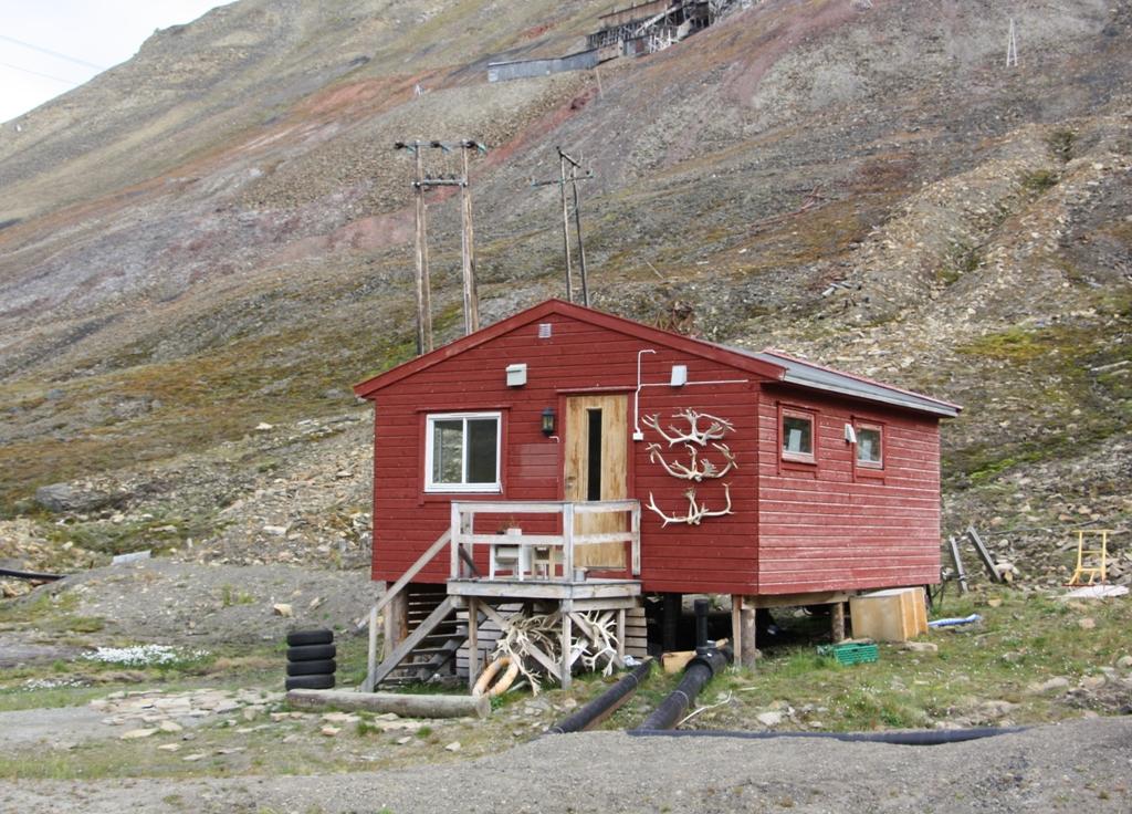 Hunter's Cabin Longyearbyen, Svalbard
